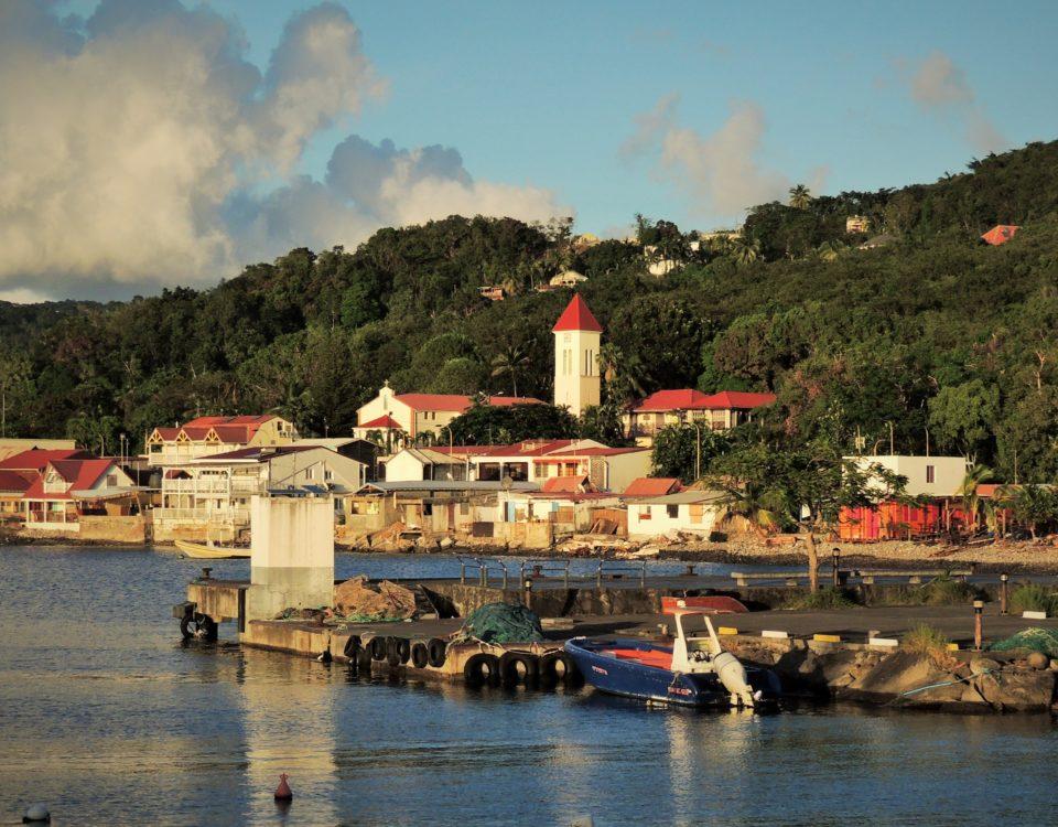 village de deshaies bord de mer