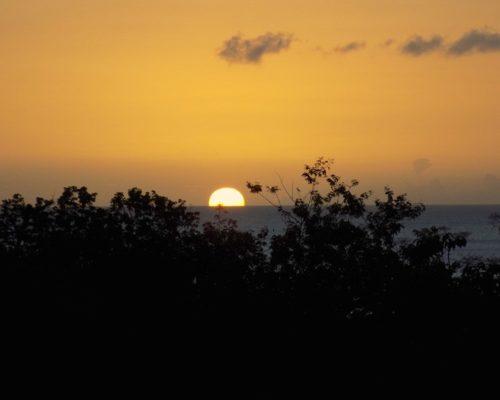 coucher de soleil sur la mer - villa dhslvlp3