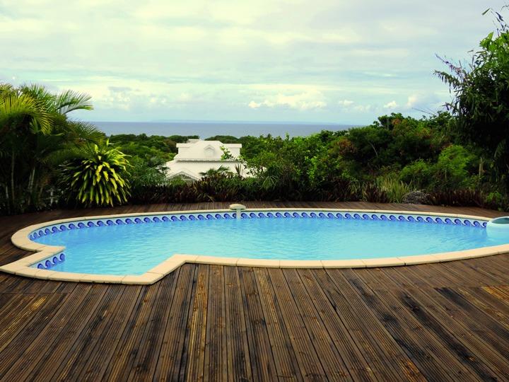 villa terrasse piscine guadeloupe vue mer